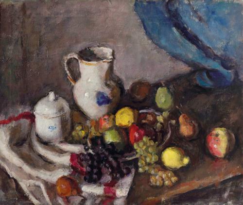 Frutta e bricco su drappo bianco e rosso